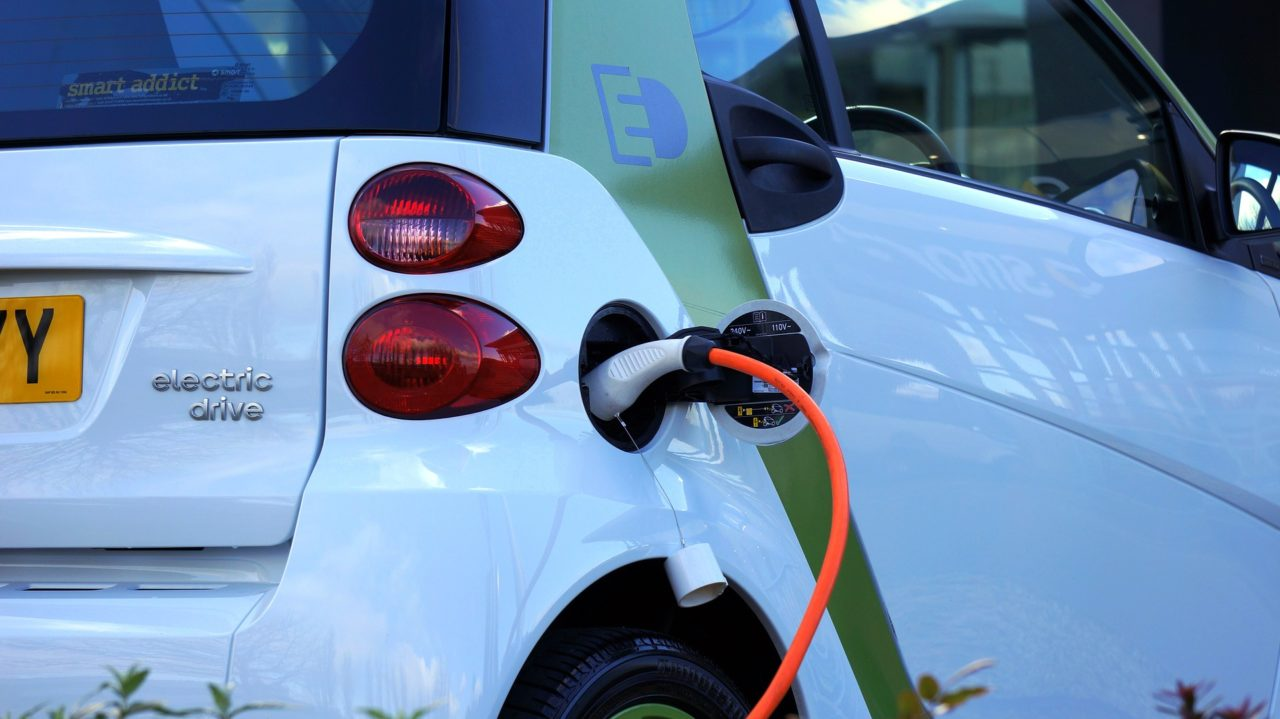 electric-car-1458836_1920-1280x719.jpg