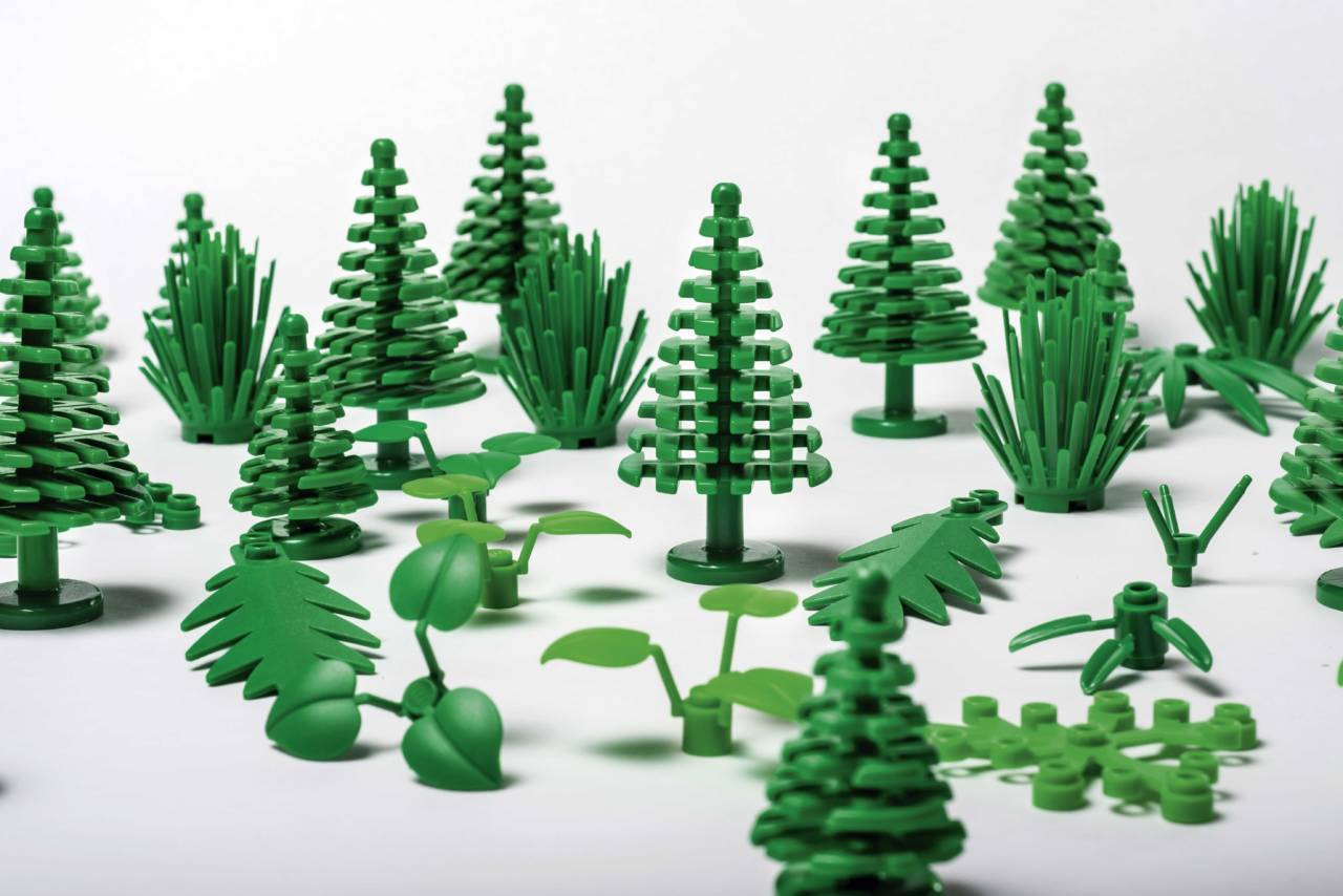 LEGO-botanical-elements-02-1280x854.jpg