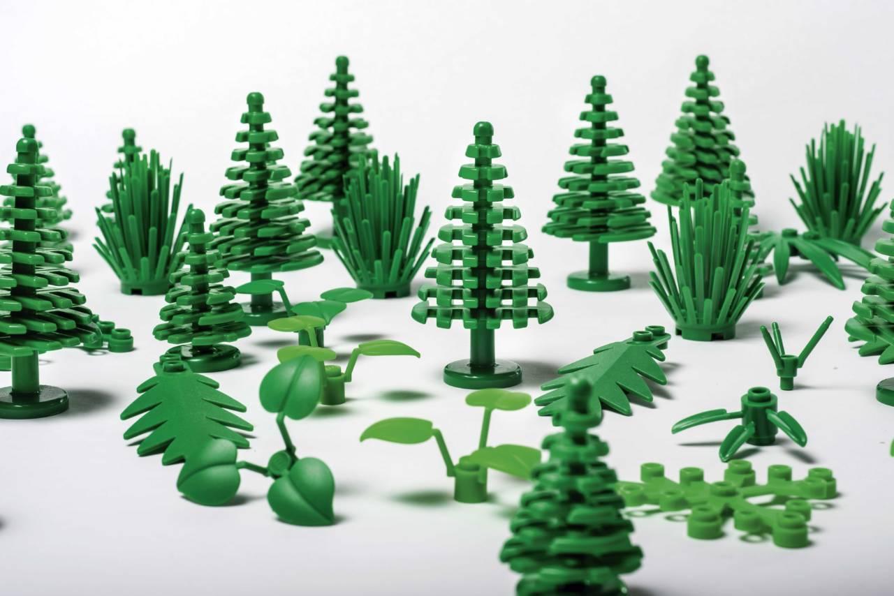 LEGO-botanical-elements-02-1280x854.jpg